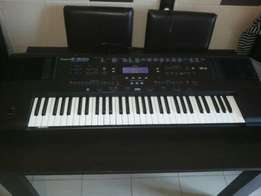 Keyboard Roland E 500 in Excellence condition