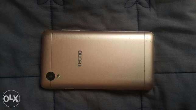 Tecno y2, In extremely excellent condition and comes with charger Nairobi CBD - image 2