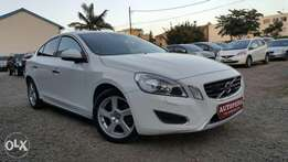 Volvo S60, Year 2011, Engine 2400cc, Automatic