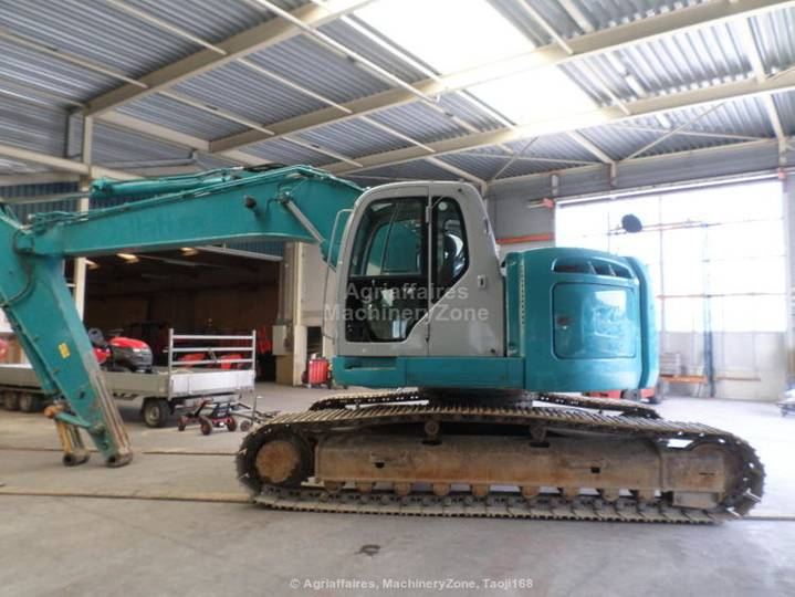 New Holland Kobelco E 235 BSR-2 - 2008