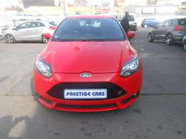 2013 Ford focus ST R275000