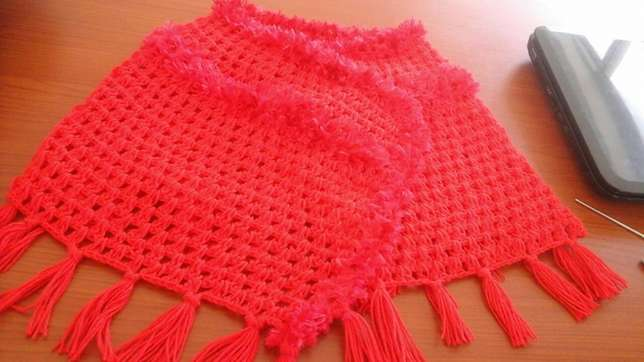 Summer and winter ponchos for sale Boksburg - image 3