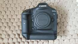 canon 1Dx still on very good condition