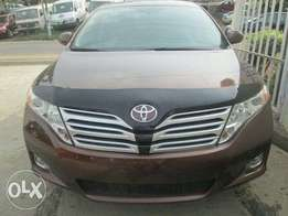 Clean Toyota venza for sale
