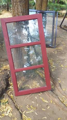 window with wooden frame Mtwapa - image 2
