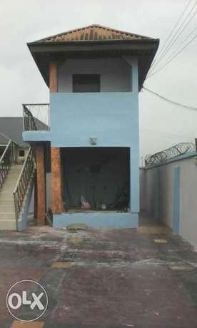 Standard and executive 3bedroom flats to let at eneka in port Harcourt Port Harcourt - image 3
