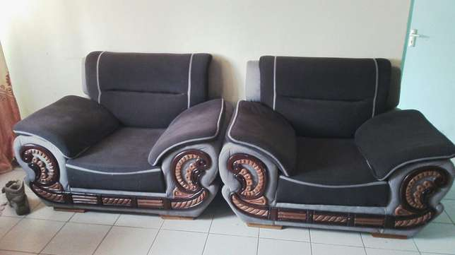 7 seater sofa set Ruai - image 2