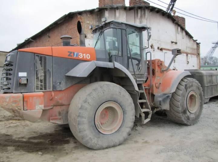 Hitachi 310 - 2008