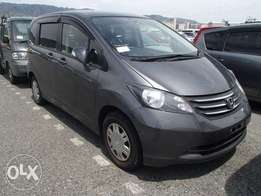 very clean honda freed kcm 7 seats,1500cc