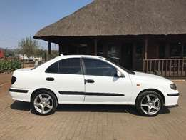 Nissan Almera eye catcher