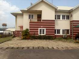 Serviced 4bedroom duplex with BQ to let behind Apo legislative Qtrs