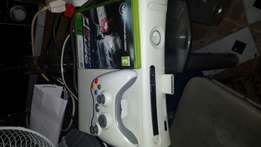 Xbox360+1 game +1 controller (Bargain)