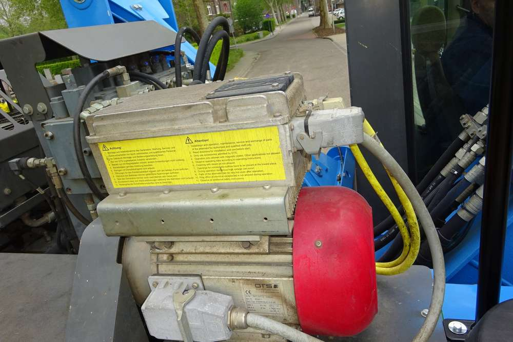 Sennebogen 821M Materialhandler - 2006 - image 11