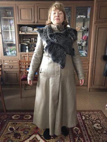 ffeba58a0ed Демисезонное кожаное пальто р 50-52 натуральный мех