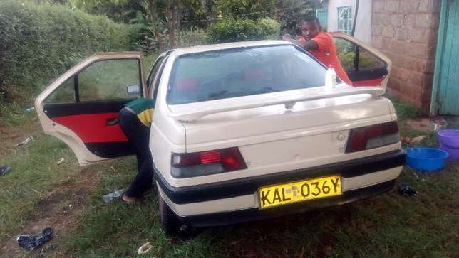 A well maintained Peugeot 405 Uthiru - image 3