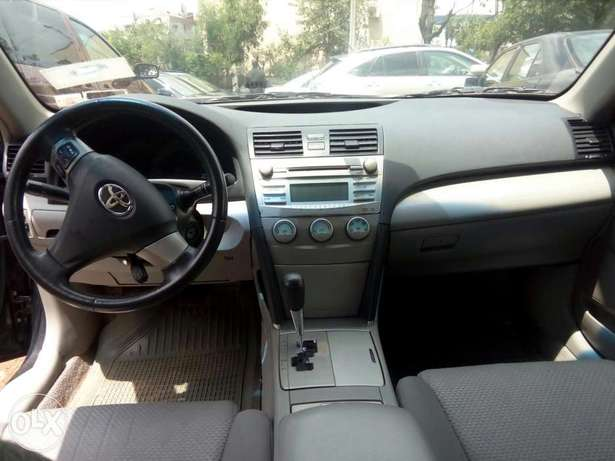 Extremely clean Nigerian used 2008 Toyota Camry sport Garki I - image 5