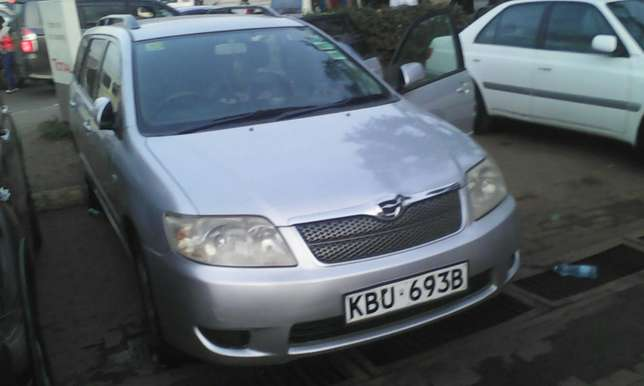1500 cc Toyota Fielder very clean on quick sell Nairobi CBD - image 4