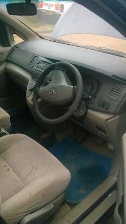 Toyota Isis for sale at Woodley Kilimani Woodly - image 4