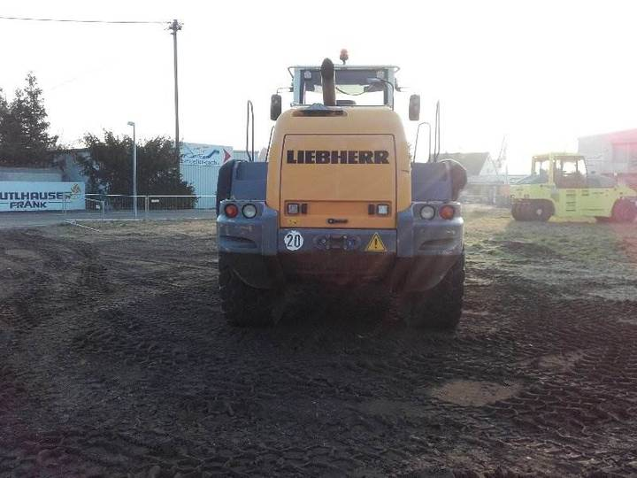 Liebherr L 576 - 2012 - image 4