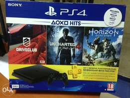 Ps4 500gb inclusive of 3 games