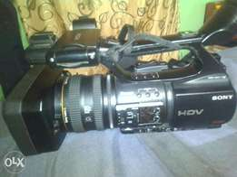 Sony Z5 HDV camera is for sale