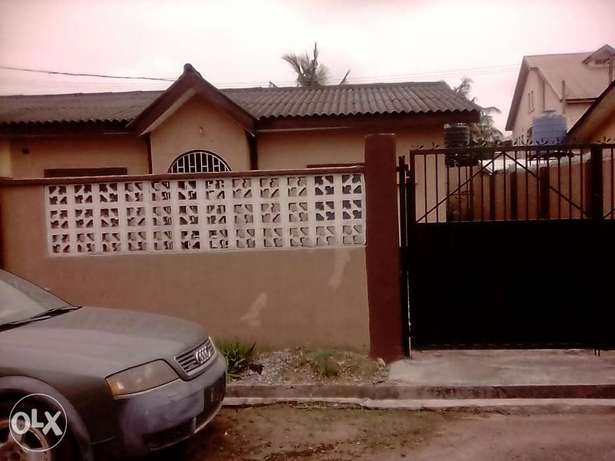 A lovely 3bedrm flat in a very Reserved Estate N22mill negotiable Ifako Agege - image 8