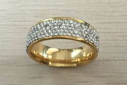 PROMO!Size 8 Crystal Wedding Ring