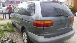 Tokunbo Toyota Sienna 1999 with AC ( FIRST BODY ) Location V.I
