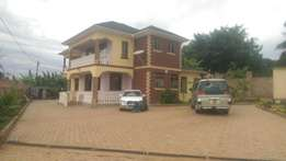 6 bedroom mansion for sale in Namugongo at 600m