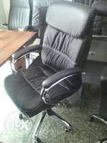 Quality Executive Office Swivel Leather Chair 0985