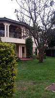 4 bedroom bungalow to let at runda