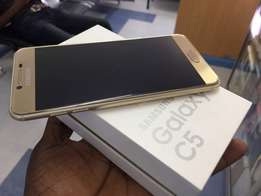 New Samsung Galaxy C5 32GB 4GB Ram boxed in a shop at ksh.24999