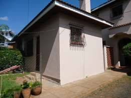 A neat 4 bedroom Townhouse, master en-suite, dsq. Along East church rd