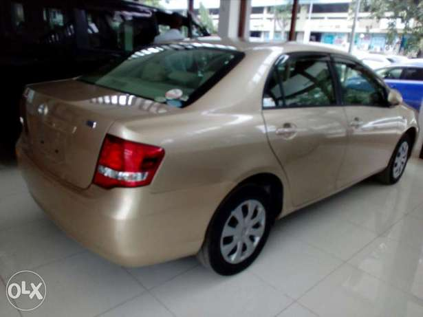 Toyota axio gold color new plate number fresh import Mombasa Island - image 2