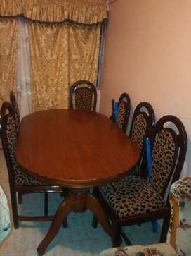 6 Seater Hard Wood Dining Table