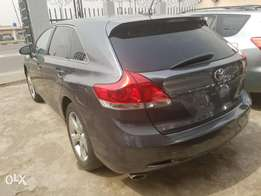 Sharp Toyota Venza (Xtremely Clean)