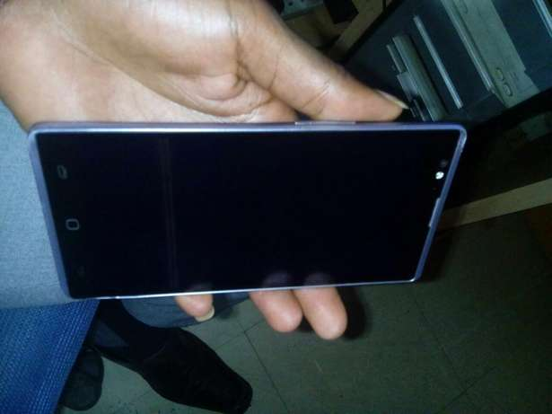 Tecno c8 Quick sale City Centre - image 2