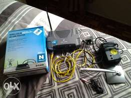 Wireless ADSL2+3G Router and microphone
