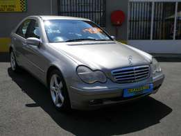 Mercedes-Benz C180K Automatic