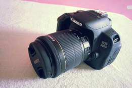 Very clean Canon 700D for sale