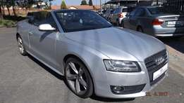 2009 Audi A5 2.0 tfsi cabriolet mtronic in good condition