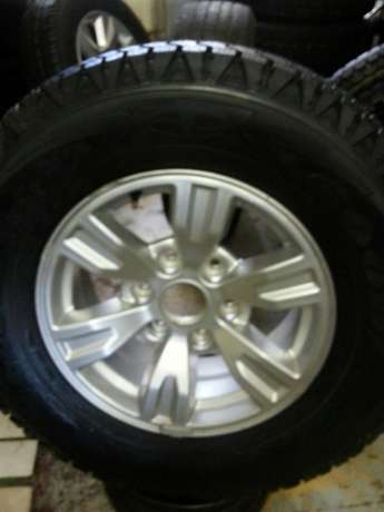 245/70R16 Goodyear wrangler tyres with mags for Ford Ranger(4) on sal Pretoria West - image 3