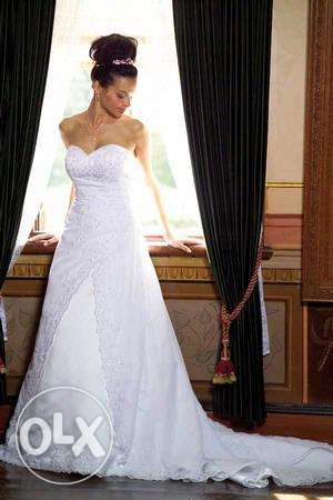 Wedding dress for sale Winchester Hills - image 1