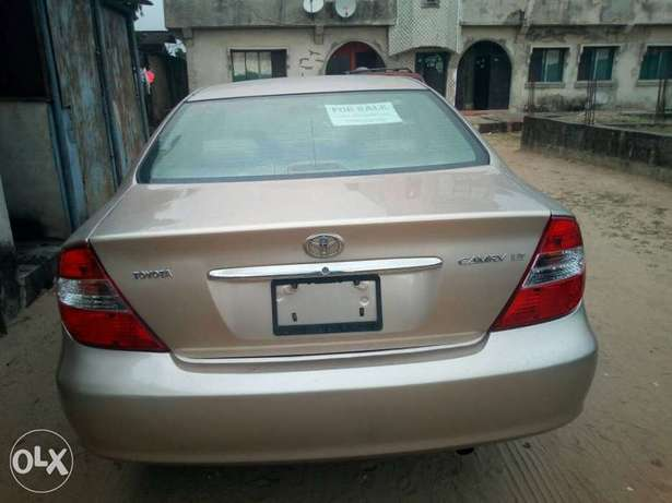 Tokunbo 2004 Toyota Camry Big Daddy LE Festac Town - image 7