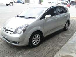 2007 toyota verso 1.8 in excellent condition.