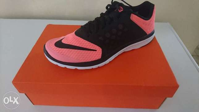 Ladies Nike FS Lite Run 3 - brand new UK 8 Centurion - image 1