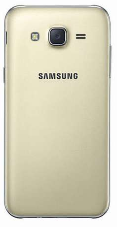 Samsung galaxy j7 brand new ORIGINAL Warranted Nairobi CBD - image 2