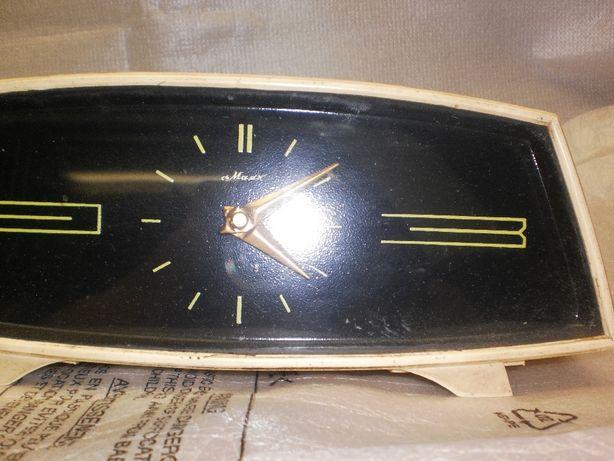 Ссср часы маяк продам настольные настенные кому продать часы