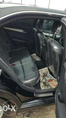 Foreign used 2009 Mercedes Benz C300. Direct tokunbo Apapa - image 4