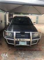 Few months old Toyota Highlander